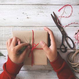 Handmade Gifts to keep you on budget this Holiday Season